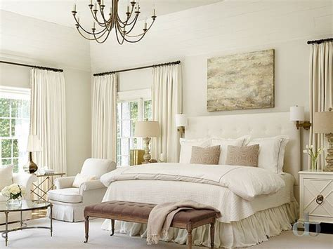 cream colored bedrooms best 20 traditional bedroom ideas on pinterest
