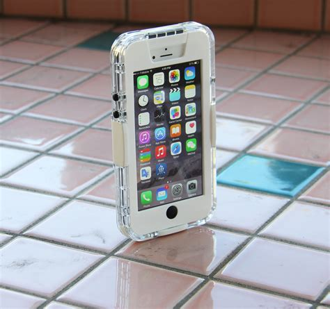 ultimate iphone  waterproof case  apple iphone    clear trille products