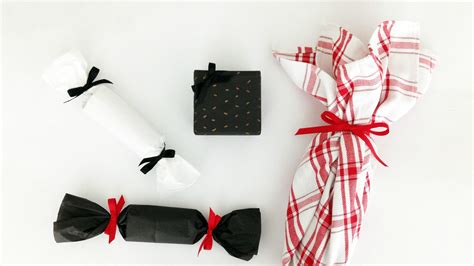 Creative Way To Wrap Gift Cards - 3 clever ways to wrap gift cards booze and other presents