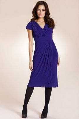 best clothing styles for pear shaped women pretty dress styles for a pear shape pinterest