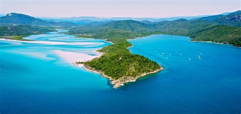 best island hotels best places to stay in whitsunday islands australia the