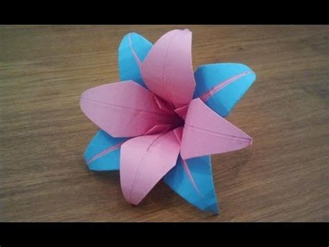 Easy Way To Make Paper Flowers - how to make an origami flower