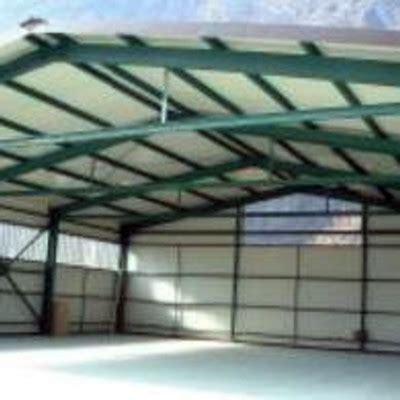 capannone in ferro prezzo capannone in ferro con finestre alte 1 50 x 1 00 pi 249 porta