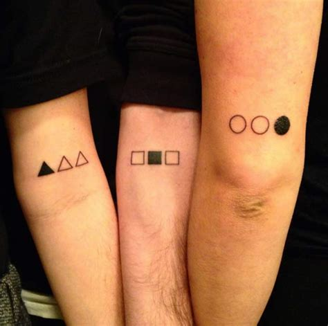 Tattoo Ideas Siblings | 22 awesome sibling tattoos for brothers and sisters