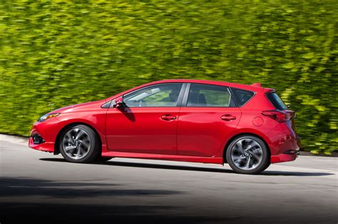 2016 scion im review drive motor trend