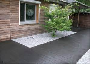 moderne terrassen bambus polymer terrassen anthrazit mit angrenzenden
