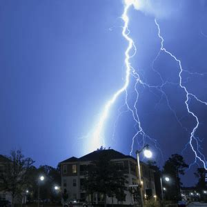 can lightning strike you in the bathtub lightning strike claim services what to do