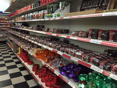 Nifty Nut House Wichita Ks by Nifty Nut House 22 Photos 56 Reviews Stores
