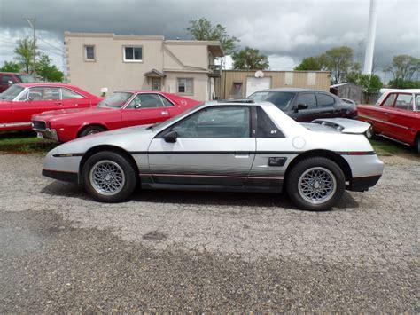 download car manuals pdf free 1987 pontiac fiero auto manual service manual repairing 1986 pontiac fiero body damage service manual pdf 1986 pontiac 6000