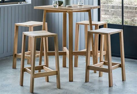 Oak Bar Table And Stools by Gallery Direct Kielder Oak Bar Table 4 Oak Bar Stools