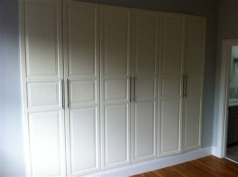 pin master bedroom ikea closet by niesz vintage fabric van ikea pax kast naar een inbouwkast slaapkamer