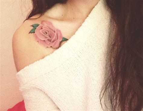 rose tattoos on collar bone 24 collar bone tattoos