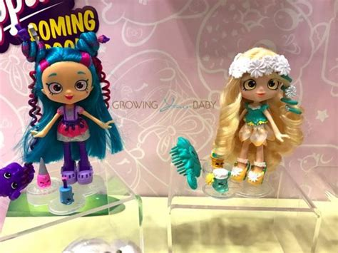 polly vous francais dreams of owning a tiny house in france toy fair 2017 shopkins super mall new cutie cars