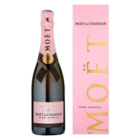 chagne rose moet and chandon rose gift set gift ftempo