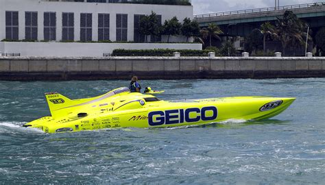geico boat geico race boat photograph by rudy umans