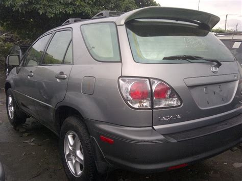 exremly clean tokunbo lexus rx300 2003 model for sale 1