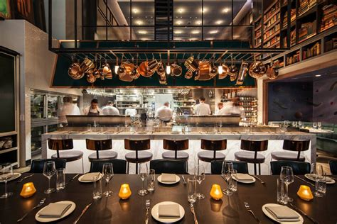 theme hotel chicago chicago s hotel emc2 has science themed interiors by
