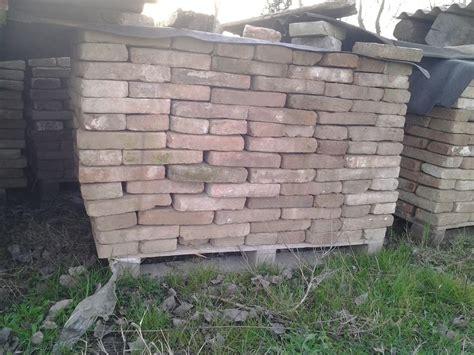 pavimenti in mattoni vecchi mattoni antichi recupero materiali