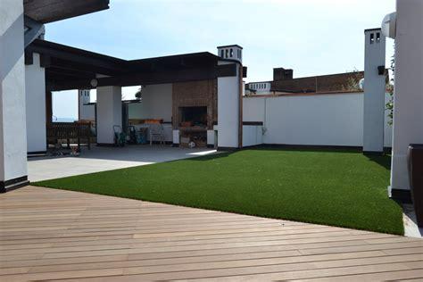 erba sintetica terrazzo erba sintetica d alta qualit 224 per giardini terrazze e