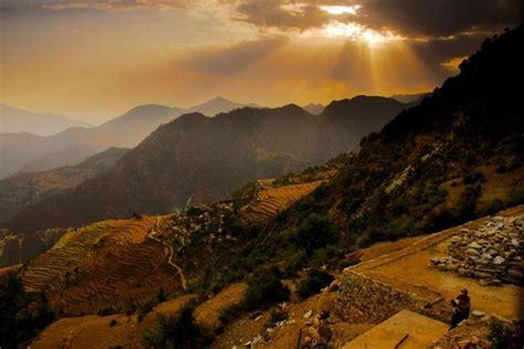 Landscape Photography In India Guniyala Khal Guniyala Khal India God Beams Grace The