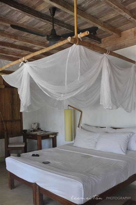 net on bed photography pinterest best 25 mosquito net ideas on window screens diy mosquito net bed and diy window