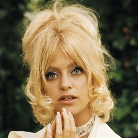 images of 70 s hairstyles chic 70s hairstyles you d be mad not to try now byrdie uk