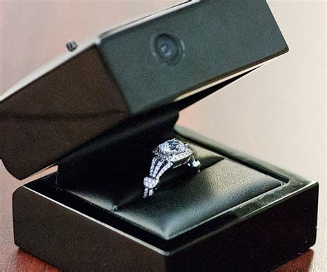 engagement ring boxes engagement ring cams check out this technology engagement rings and wedding rings