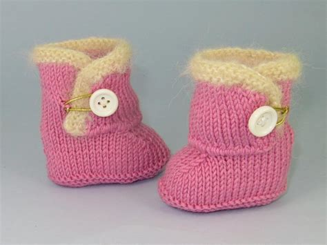 free baby boots knitting pattern craftdrawer crafts free baby booties knitting patterns