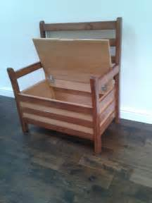 Oak Chairs Design Ideas Diy Oak Chair With Storage And Arms Made From Recycled Wood Ideas