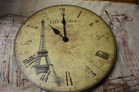 Decoupage Clock - decoupage a clock a junk upcycle tutorial
