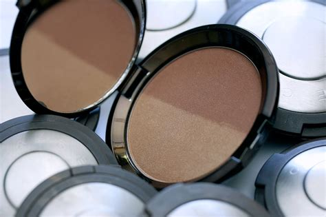 becca shadow and light bronze contour perfector review because it s cooler in the shade new becca shadow light