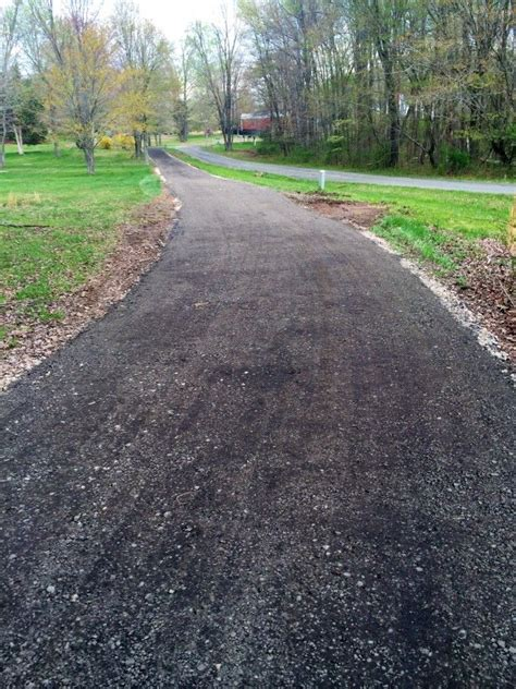 Hofeinfahrt Pflastern Kosten by Tar And Chip Driveways Are Low Cost Alternative To Asphalt
