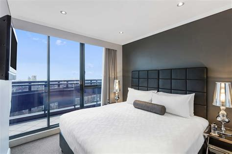 sydney accommodation apartments 3 bedroom 3 bedroom self contained apartments sydney cbd home