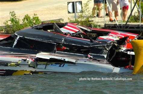 outerlimits boat crash outerlimits crashes at shootout lake events lakeexpo