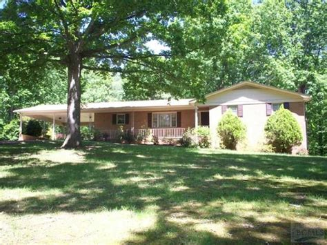 houses for rent in rutherford county nc 2835 rutherford college rd connelly springs nc 28612