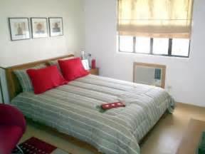 simple small bedroom decor