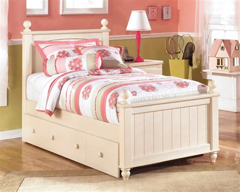cottage retreat twin poster bed  twin trundle  ashley coleman furniture