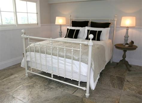 queen size iron bed iron bed frames queen size bed and shower iron bed