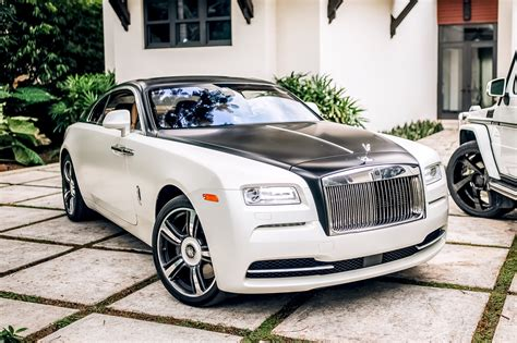 rolls royce white rolls royce wraith white miami exotics exotic car rentals