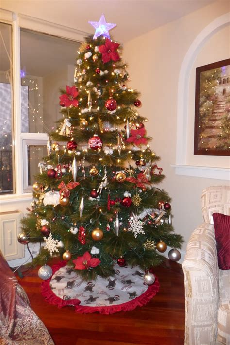 how to decorate a christmas tree christmas trees decorated free large images