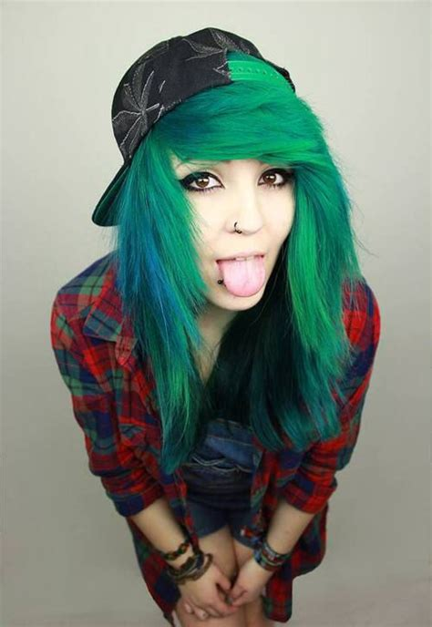 dyed emo hairstyles 22 style tips on how to be a scene girl scene girl