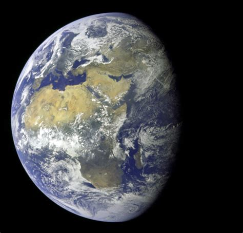 the earth file apollo 11 image of the earth showing africa europe