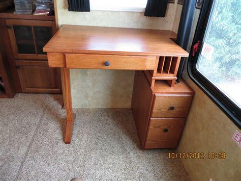 Rv Desk Furniture by Quot Rv Quot Desk By Thelastdetailcww Lumberjocks