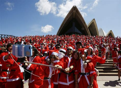 santa claus around the world