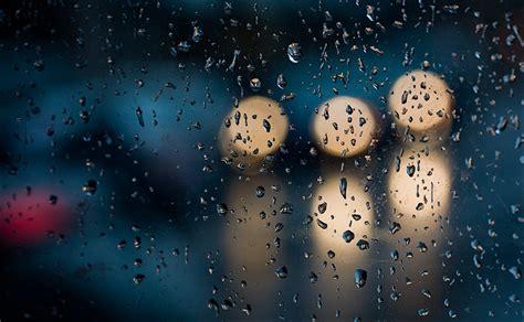 Hujan Hujan Hujaaan sejenak bermuhasabah bersama hujan rumahbukuiqro