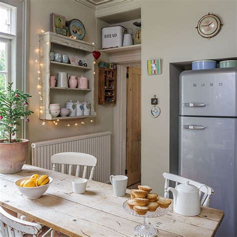 cream country kitchen country decorating ideas cream farmhouse country kitchen diner decorating