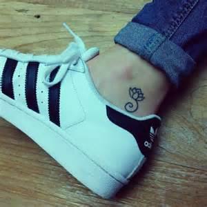 Lotus On Ankle 34 Best Lotus Flower Tattoos On Ankle