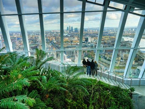 visiting  sky garden  fantastic london landmark