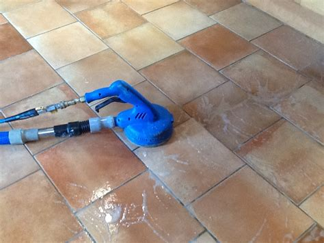 Cleaning Grout Tile Kitchen Floor by Best Way To Clean Tile Floor After Grouting