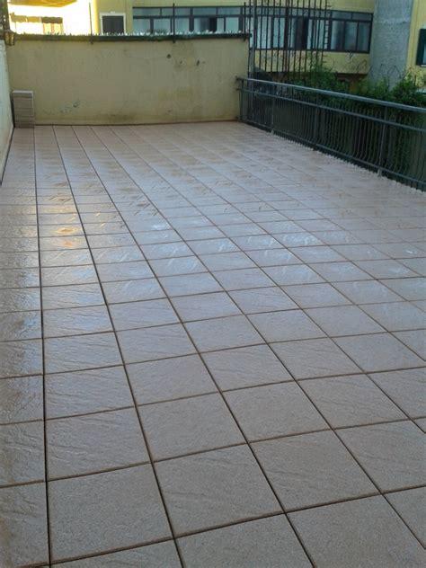 impermeabilizzazione pavimento impermeabilizzazione e pavimentazione spraelevata idee
